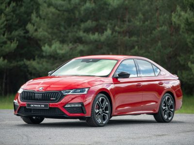 NEW SKODA OCTAVIA RS DEBUTS WITH NEW ENGINES